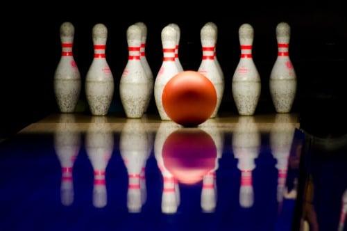 3-5 kamp med bowling, pool og airhockey