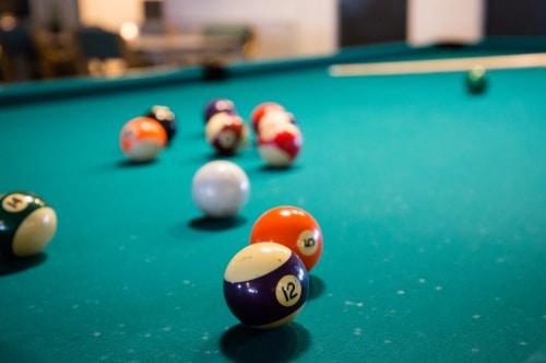 Spil pool i Middelfart hos King Pin Bowl & Diner